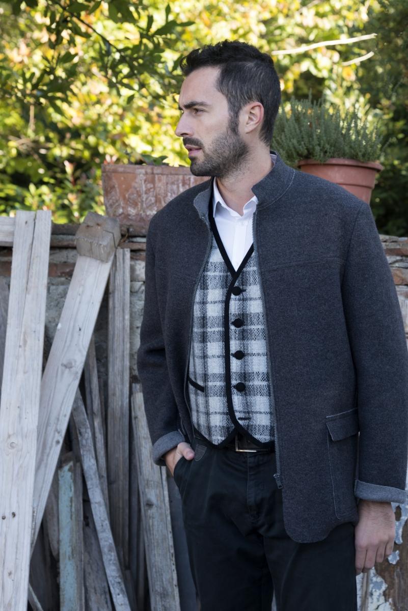 Giacche da uomo in lana cotta con Zip e tasche. Solo online a metà ... c0ca78a1b51