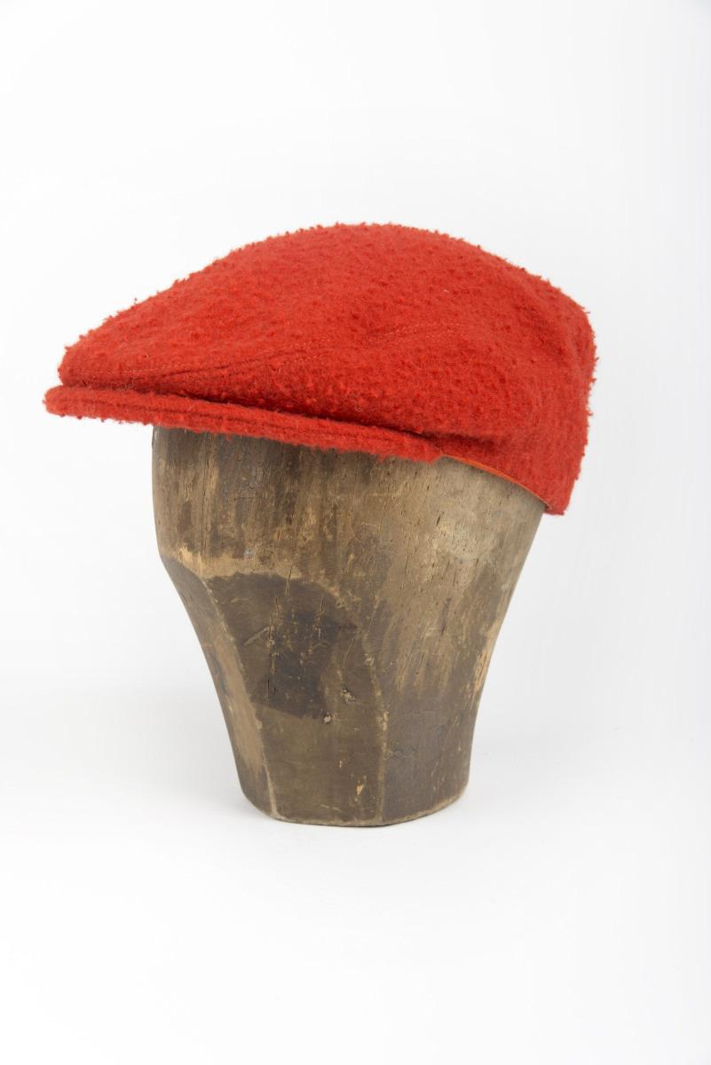 e583debc39ee0 Woolen flat cap for men. Best seller in Casentino cloth. Buy it now ...