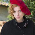 Old Fashion Sartoria, Basco da donna in velluto rosso, handmade, artigianale, sartoriale, AC 09-03